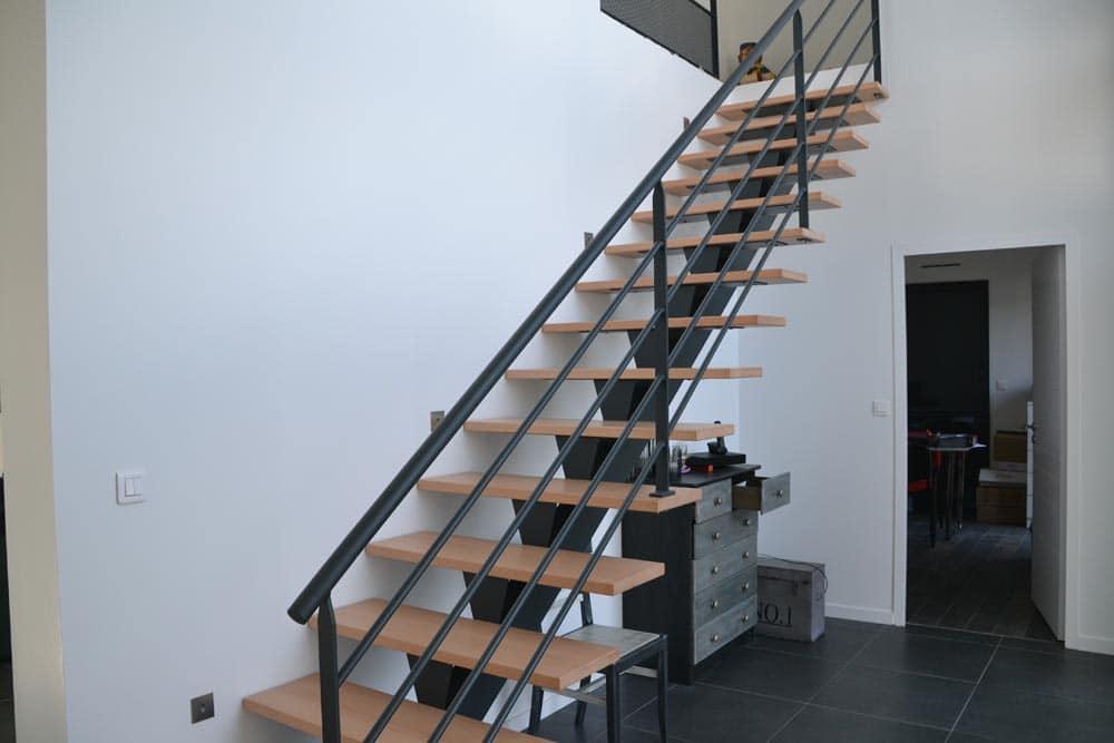 Escalier intérieur - Peinture Industrielle de l\'Atlantique